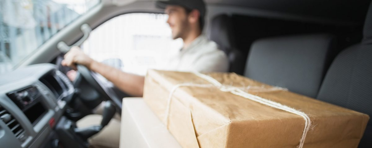 Commercial Courier Service in Hull