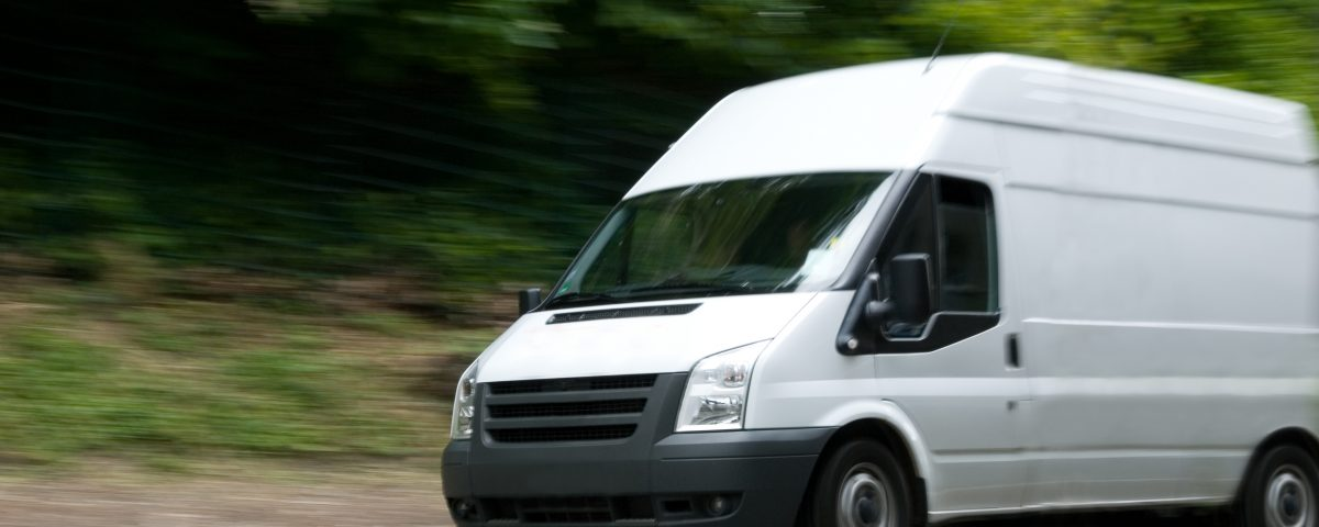 Courier Service in Hull